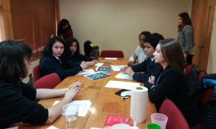 Liceo Abdón Cifuentes y Escuela Likan Antai comenzaron sus pasantías en la Facultad de Ciencias de la Universidad de Chile