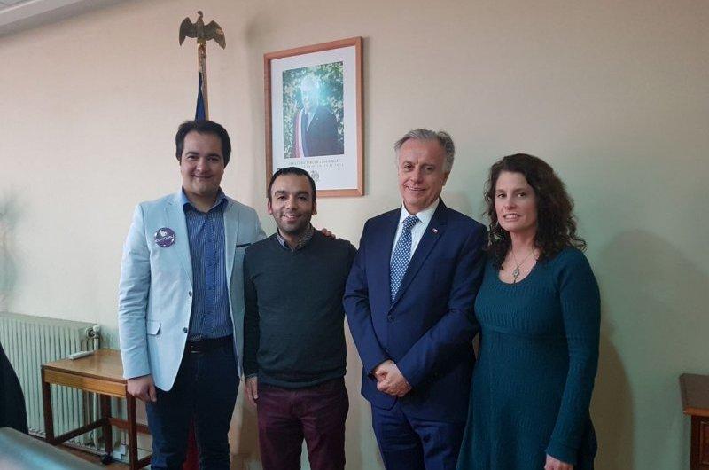 Ministro de salud recibe a alcalde de la Vega