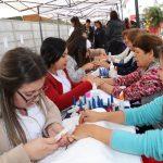 LAS MADRES DE CONCHALÍ PREPARARON MALETAS CON EXITOSA FERIA DE SERVICIOS