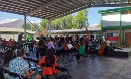 LICEO ALMIRANTE RIVEROS FUE SEDE DE UN GRAN HITO MUSICAL