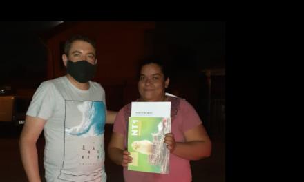 ESCUELA LIKAN ANTAI LLEGA CON MATERIAL DE ESTUDIO A DOMICILIO EN TIEMPOS DE PANDEMIA
